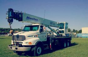 Boom Truck Vs. Cranes