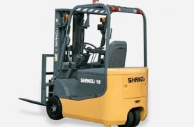 Reach Truck Or 3 Wheel Counterbalance Forklift: Which Is Better?