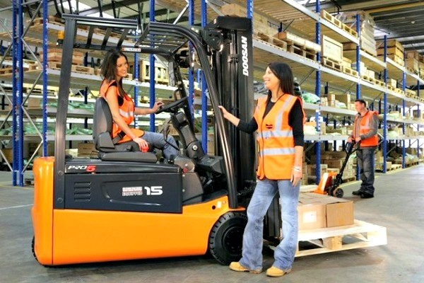 Best Forklift Jack : Forklifts vs pallet jack compare factory