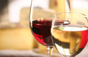 Red or White Wine: Which is Healthier?