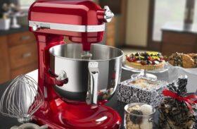 Hand Mixer vs. Kitchen Stand Mixer