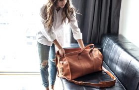Should I Travel With a Suitcase or Small Travel Bag?