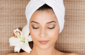 The Process, Recovery & Costs Of Microdermabrasion Facial Treatments