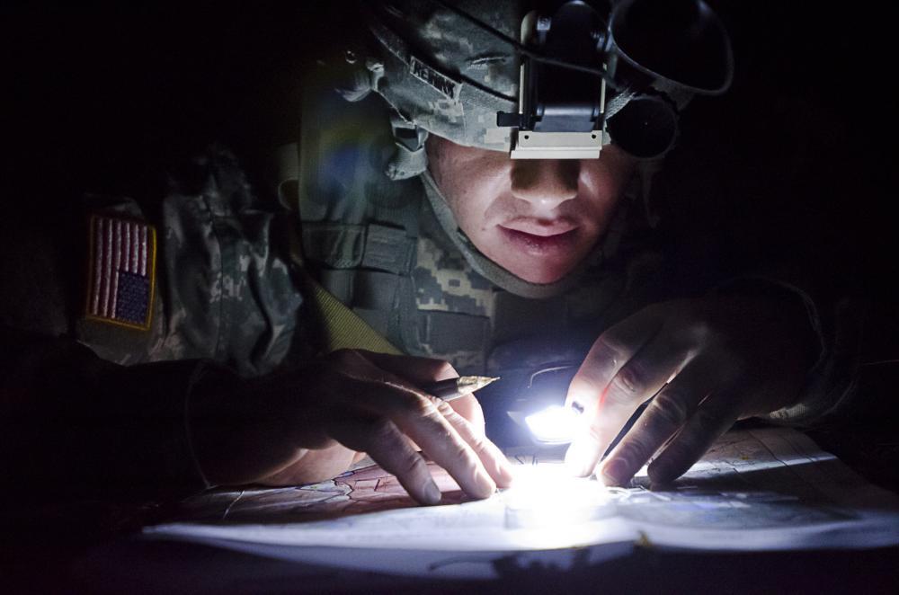 tactical-flashlights-fenix