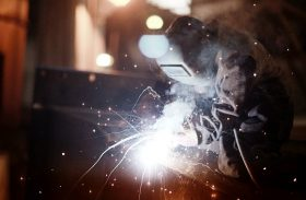 Welding Helmet Vs. Goggles: The Better Protection When Welding Metals