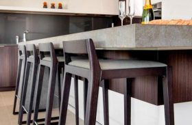 Kitchen Counter Seating: Bar Stools vs. Dining Chairs