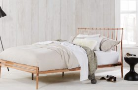 Wooden Vs. Upholstered – Which Type of Headboard Is Better for Your Bedroom?