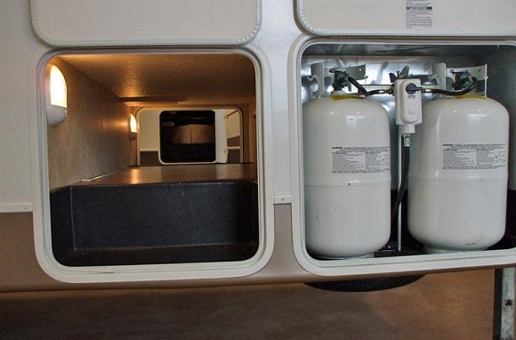 freezer works using LPG
