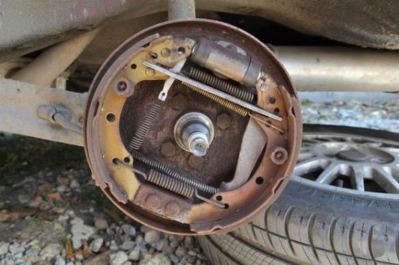 drum brakes