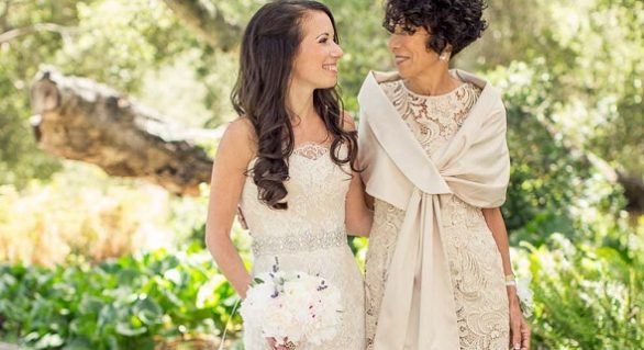 Dress or Pants: What to Wear as the Mother of the Bride?