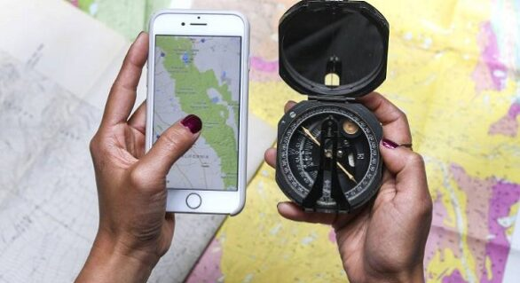 Compass or GPS: Which is Better for Navigation?