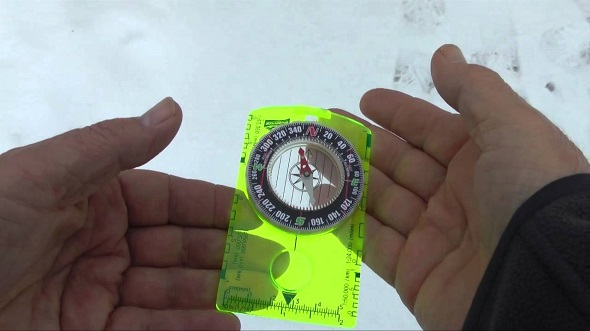magnetic-north-compass