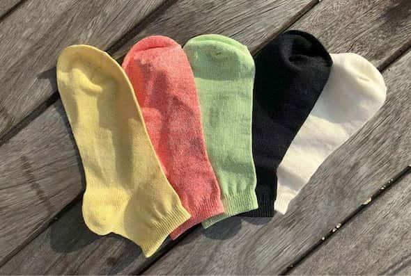 moisture-wicking-socks