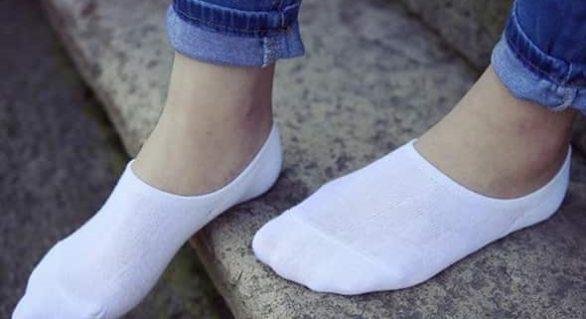 Regular Women's Socks Vs. Running Socks: What's the Difference?