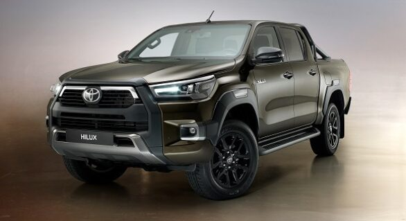 Grilles vs. Bull Bars: Which Is More Suited for Your Hilux?