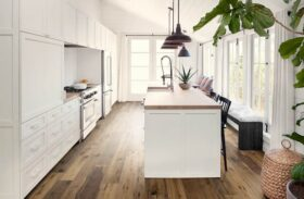 Choose the Best Flooring for Your Kitchen: Wood vs Vinyl vs Laminate