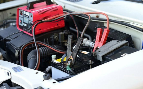 How-Long-To-Charge-A-Car-Battery