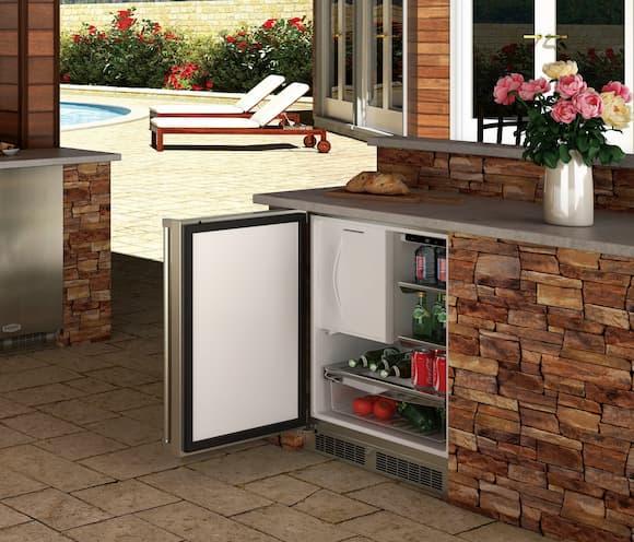 built-in-outdoor-refrigerator