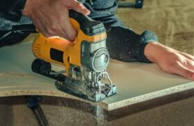 Corded vs Cordless Jigsaws: Differences That Every Buyer Needs to Know