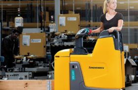 Comparison of the Different Types of Pallet Trucks