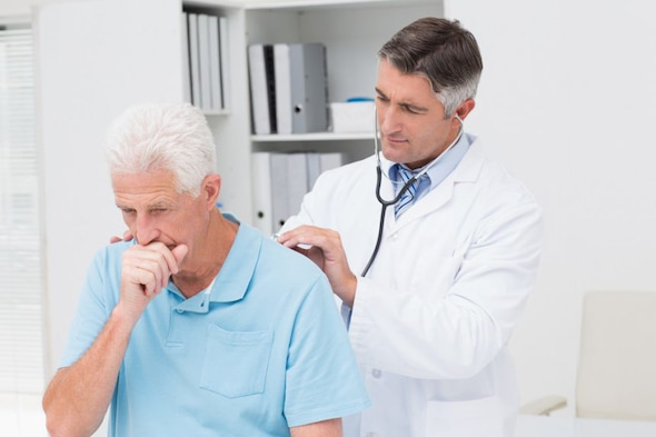 doctor-checking-patinet-who-is-coughing