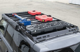 Cargo Boxes vs. Cargo Bags: The Key Differences