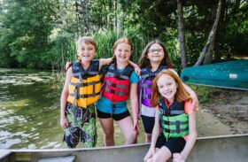Kids Life Jackets: To Wear or Not to Wear When Boating?