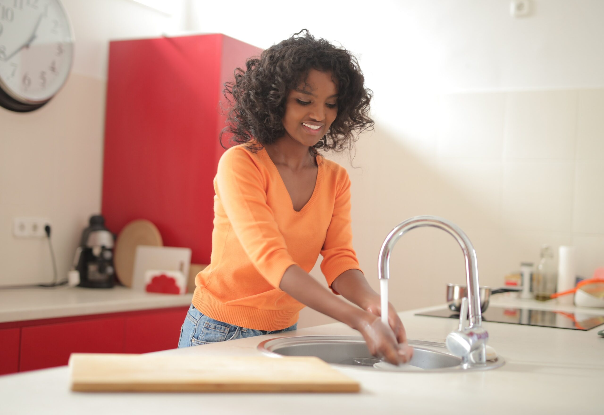 Stainless Steel or Copper Sink: Which One's Better?